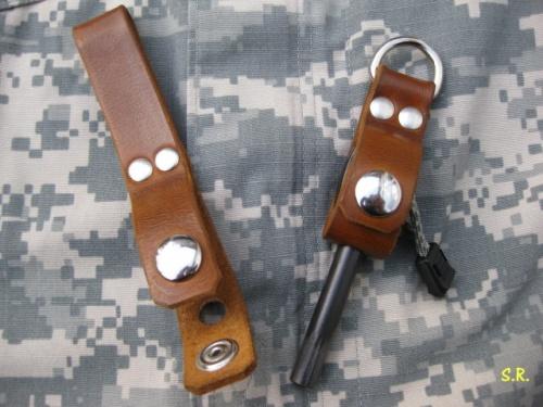 Feuerstahlhalter-Schlüsselanhänger